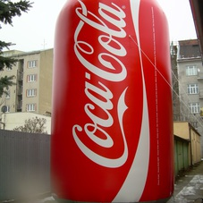 Inflatable can Coca-Cola
