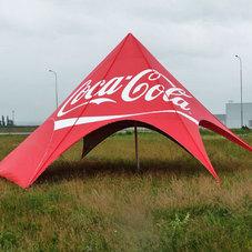 Pyramidenzelte Coca Cola