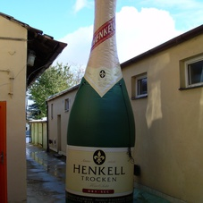 Inflatable Bottle Henkell