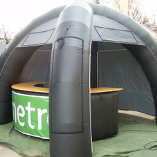 inflatable tent Metro with table