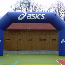 Inflatable arch Asics