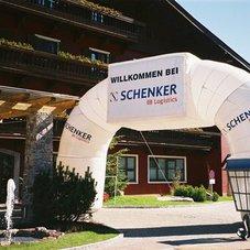 Inflatable arch Schenker