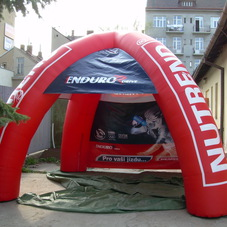 Inflatable tent Nutrend