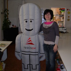 Inflatable robot Tescosw