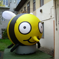 Inflatable bee ST1