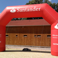 Inflatable arch Santander
