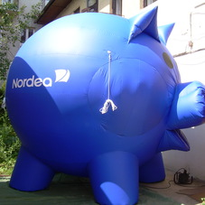 Inflatable pig Nordea
