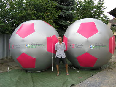 Infltable foot-ball T-mobile