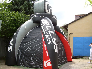 Inflatable tent Kellys
